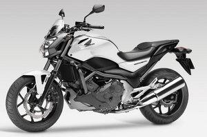 2012-Honda-NC700SA7